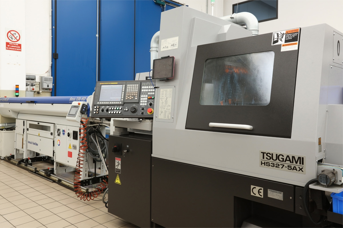 Purchase of a new lathe TSUGAMI HSX3275AX