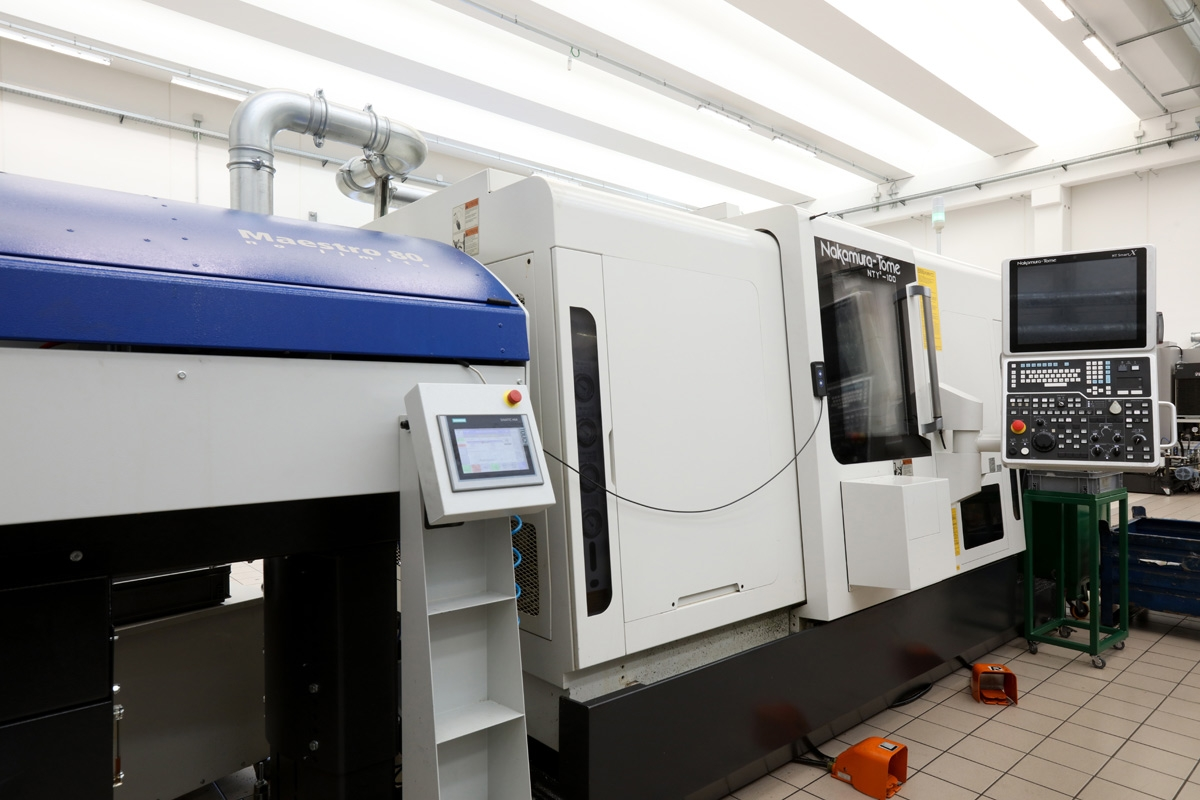 Purchase of two other lathes NAKAMURA NTY3100 an
